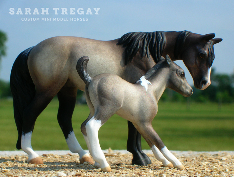 Quarter Horse mare and paint foal Custom Mini Model Horses by Sarah Tregay (Breyer Stablemates)
